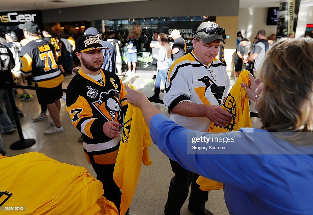 Fans enter the arena prior to Game One of the 2016 NHL Stanley Cup Final between the San Jose Sharks and the Pittsburgh Penguins at Consol Energy Center on May 30, 2016 in Pittsburgh, Pennsylvania.