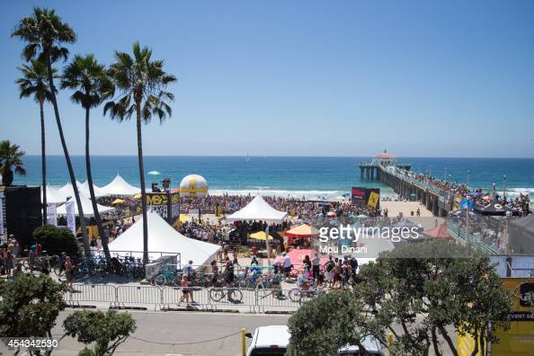 Fans gather around the Stadium Court and on the pier at the 55th AVP Manhattan Beach Open on August 17 2014 at Manhattan Beach Pier in Manhattan...