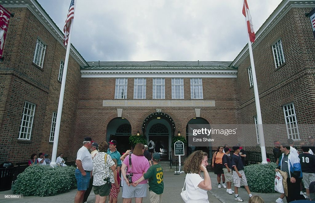 Fans gather outside the Baseball Hall of Fame on July 24 2000 in Cooperstown New York
