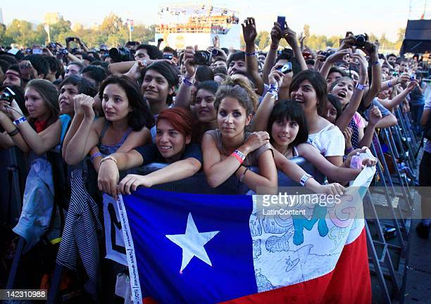 SANTIAGO CHILE APRIL 1 Fans listen to the group MGMT in the Lollapalooza music festival at O Higgins Park on April 1 2012 in Santiago Chile