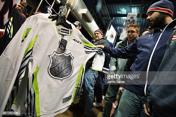Nhl Store Stock Photos and Pictures | Getty Images