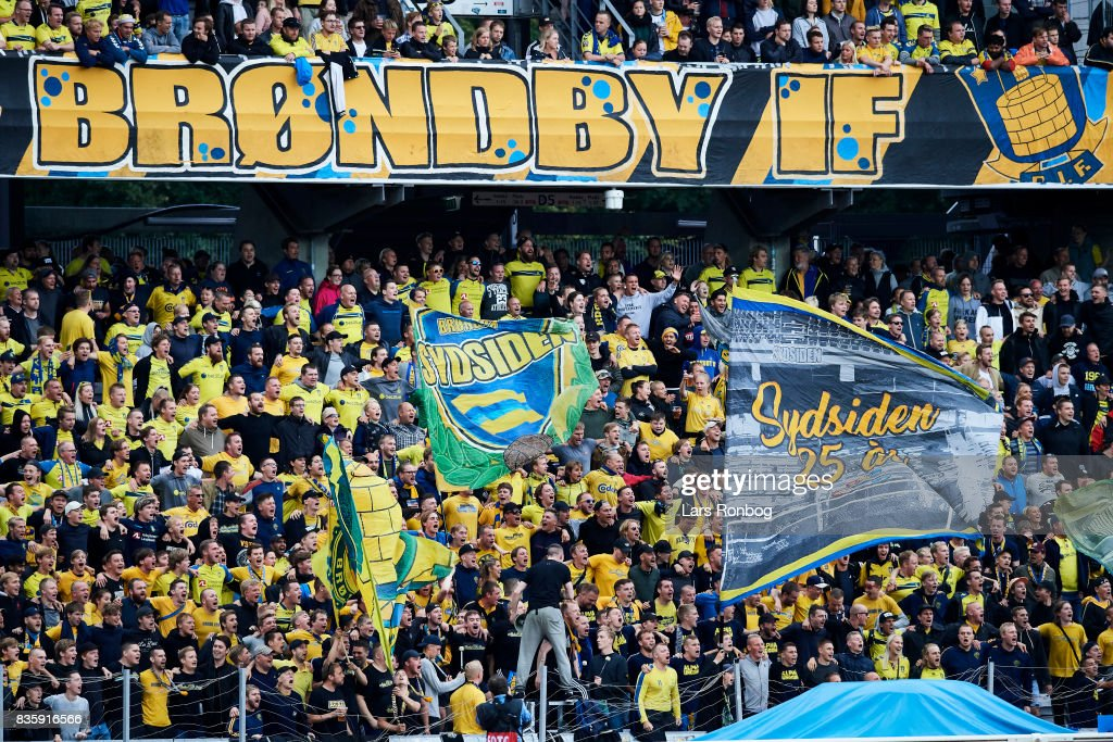 Fans of Brondby IF cheer during the Danish Alka Superliga match between AGF Aarhus and Brondby IF at Ceres Park on August 20, 2017 in Aarhus, Denmark.