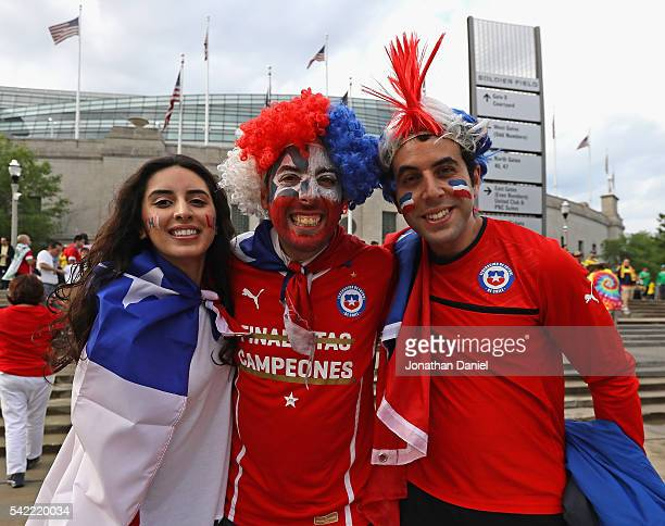 Fans of Chile pose before a semifinal match between Chile and Colombia in the 2016 Copa America Centernario at Soldier Field on June 22 2016 in...
