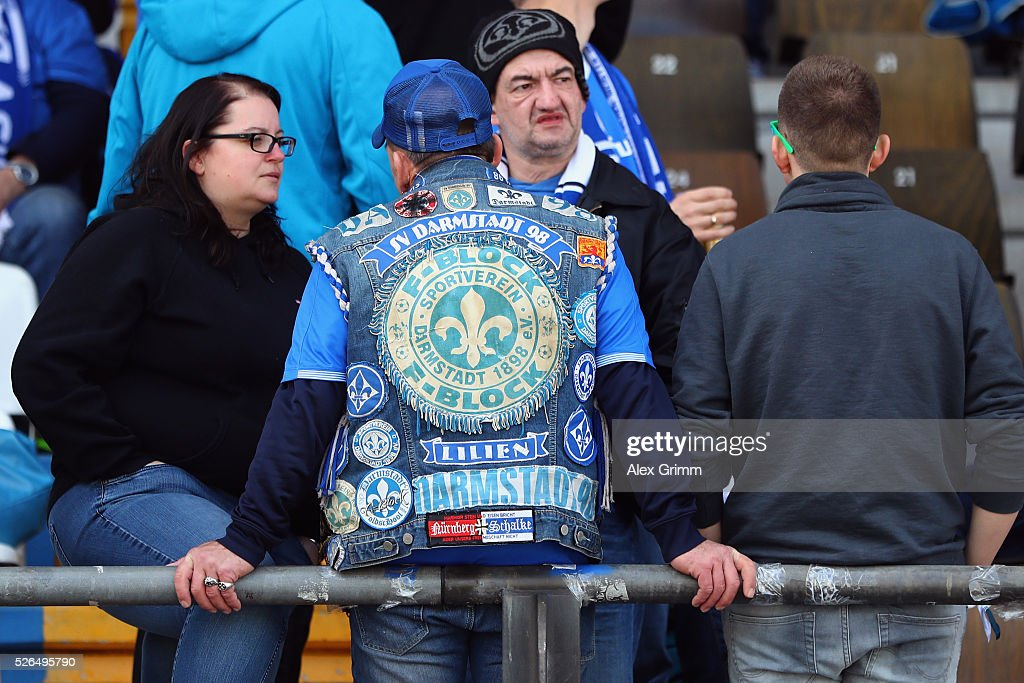 Fans of Darmstadt wait for the Bundesliga match between SV Darmstadt 98 and Eintracht Frankfurt at Merck-Stadion am Boellenfalltor on April 30, 2016 in Darmstadt, Hesse.