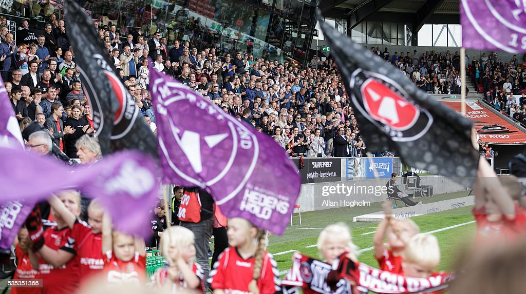 Fans of FC Midtjylland prior to the Danish Alka Superliga match between FC Midtjylland and FC Nordsjalland at MCH Arena on May 29, 2016 in Herning, Denmark.