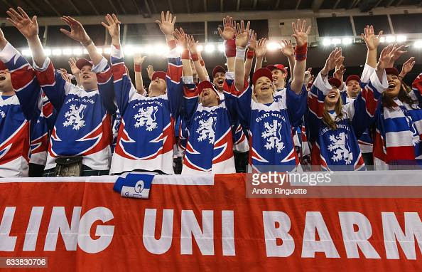 Canada v GB: Davis Cup by BNP Paribas World Group First Round - Day 2 : News Photo