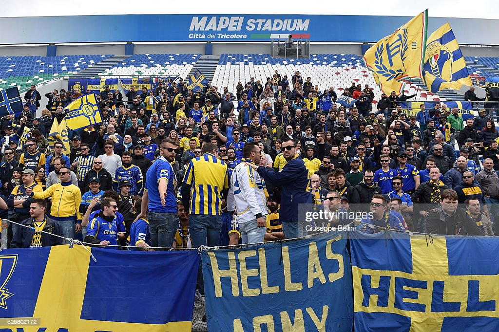 Fans of Hellas Verona FC during the Serie A match between US Sassuolo Calcio and Hellas Verona FC at Mapei Stadium - Citt���� del Tricolore on May 1, 2016 in Reggio nell'Emilia, Italy