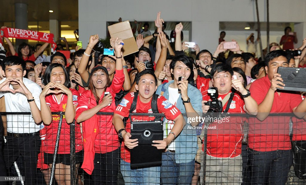 Fans of Liverpool as the team arrive in Bangkok for a stop on the club's Pre-Season tour on July 25, 2013 in Bangkok, Thailand.