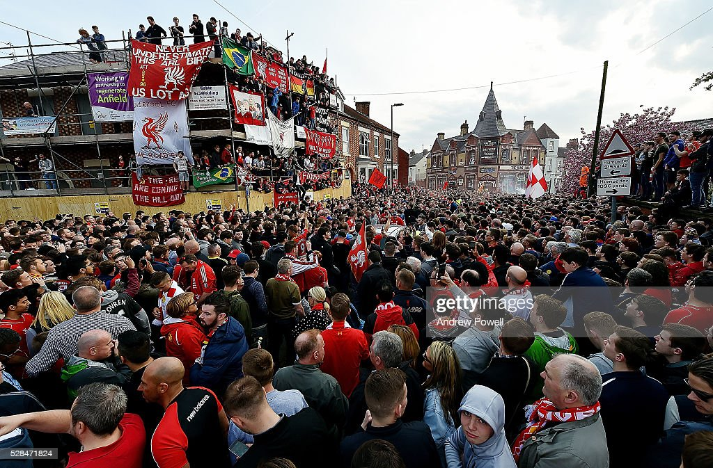 Fans of Liverpool wait for the team coaches to arrive before during the UEFA Europa League Semi Final: Second Leg match between Liverpool and Villarreal CF at Anfield on May 05, 2016 in Liverpool, England.