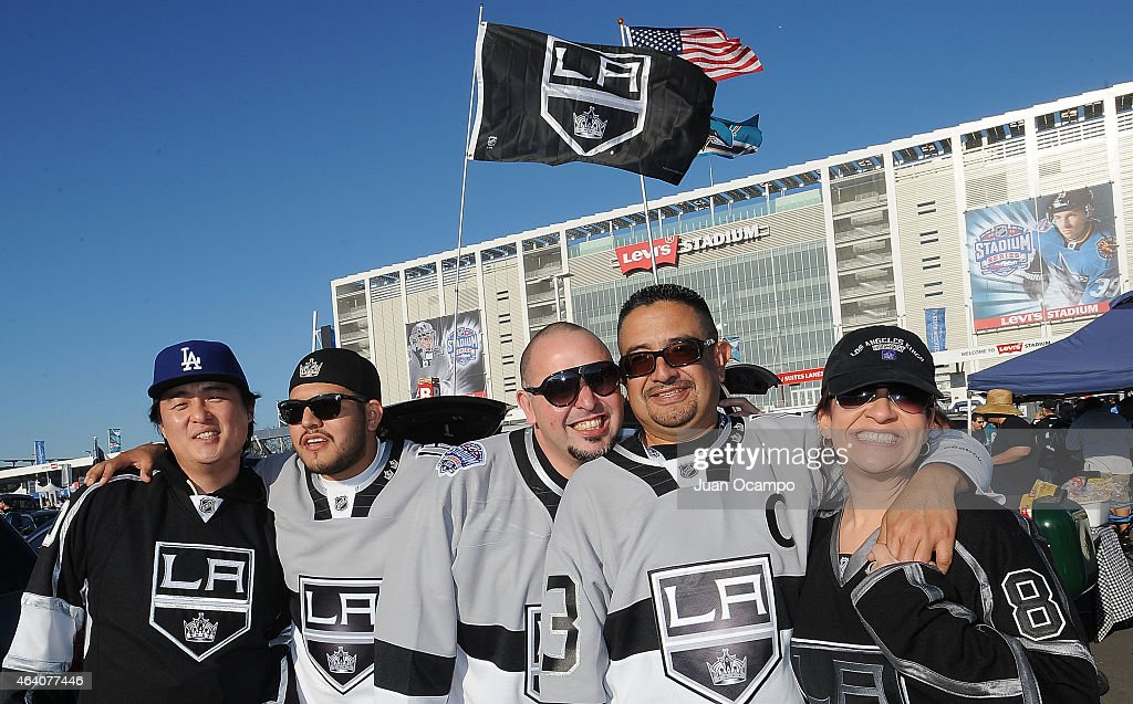 Fans of Los Angeles Kings tailgate prior to the 2015 Coors Light NHL Stadium Series game between Los Angeles Kings and the San Jose Sharks at Levi's...