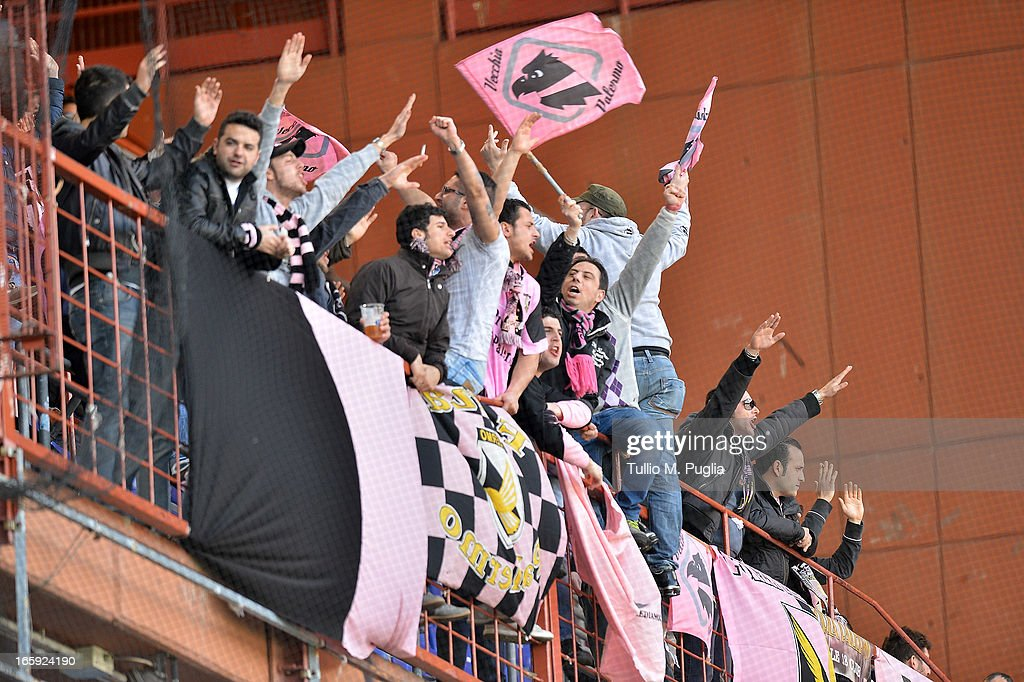 Fans of Palermo show their support during the Serie A match between UC Sampdoria and US Citta di Palermo at Stadio Luigi Ferraris on April 7, 2013 in Genoa, Italy.