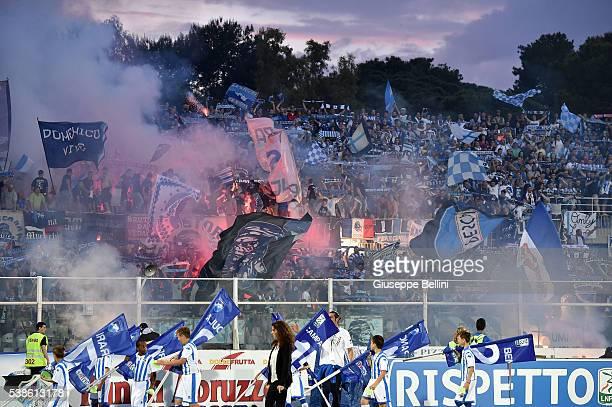 Fans of Pescara Calcio prior the Serie B match between Pescara Calcio and Trapani Calcio at Adriatico Stadium on June 5 2016 in Pescara Italy