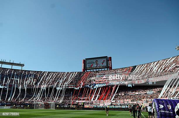 Fans of River Plate cheer for their team prior a match between River Plate and Boca Juniors as part of Torneo Primera Division 2016/17 at Monumental...