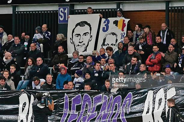 Fans of RSC Anderlecht pay tribute to Silvio Proto goalkeeper of KV Oostende pictured during the Jupiler Pro League match between RSC Anderlecht and...