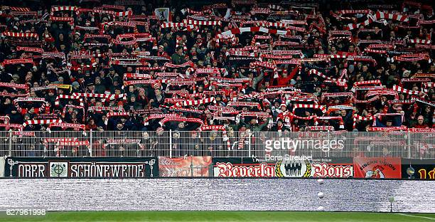 Fans of Union Berlin celebrate prior to the Second Bundesliga match between 1 FC Union Berlin and Eintracht Braunschweig at Stadion An der Alten...