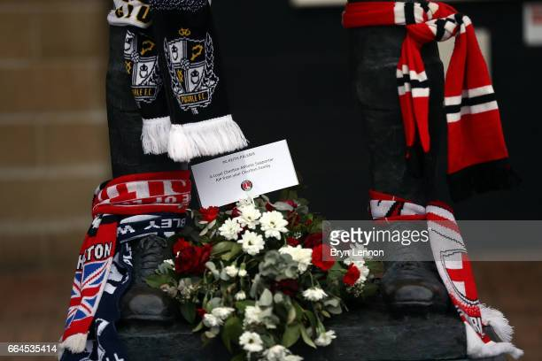 Fans pay tribute to Charlton fan PC Keith Palmer who died in the Westminster terror attack prior to the Sky Bet League One match between Charlton...