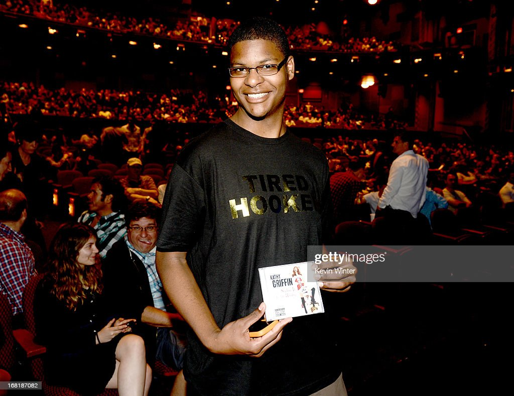 Fans pose before seeing comedienne Kathy Griffin perform at the Dolby Theatre on May 4, 2013 in Los Angeles, California.