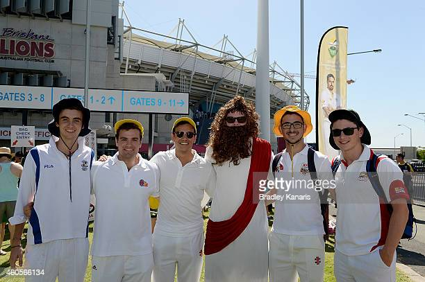 Fans pose for a photo before day one of the 2nd Test match between Australia and India at The Gabba on December 17 2014 in Brisbane Australia
