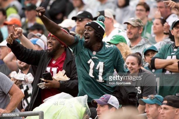 Fans respond to an interception in the first half during the game between the Arizona Cardinals and Philadelphia Eagles on October 08 2017 at Lincoln...