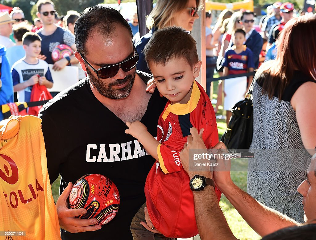 Fans show their support during the A-League Grand Final Fan Day at Bonython Park on April 30, 2016 in Adelaide, Australia.