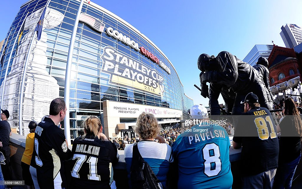 Fans wait outside prior to Game One of the 2016 NHL Stanley Cup Final between the San Jose Sharks and the Pittsburgh Penguins at Consol Energy Center on May 30, 2016 in Pittsburgh, Pennsylvania.