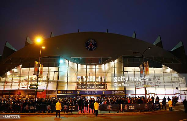 Fans wait outside the stadium prior to the UEFA Champions League Round of 16 match between Paris SaintGermain and Chelsea at Parc des Princes on...