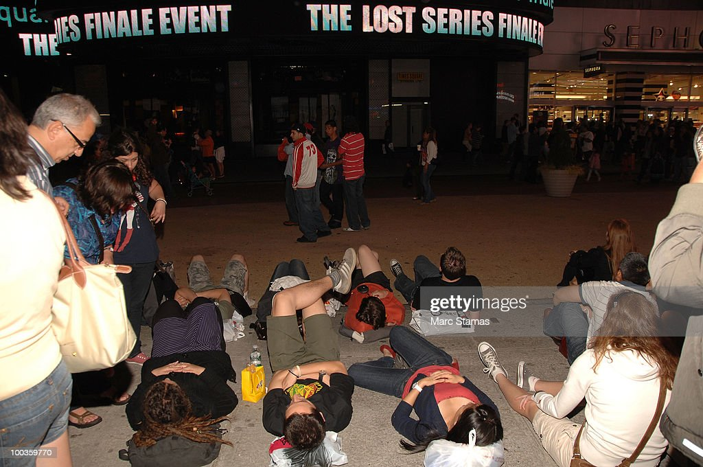 Fans watch 'Lost' Series Finale in Times Square on May 23, 2010 in New York City.