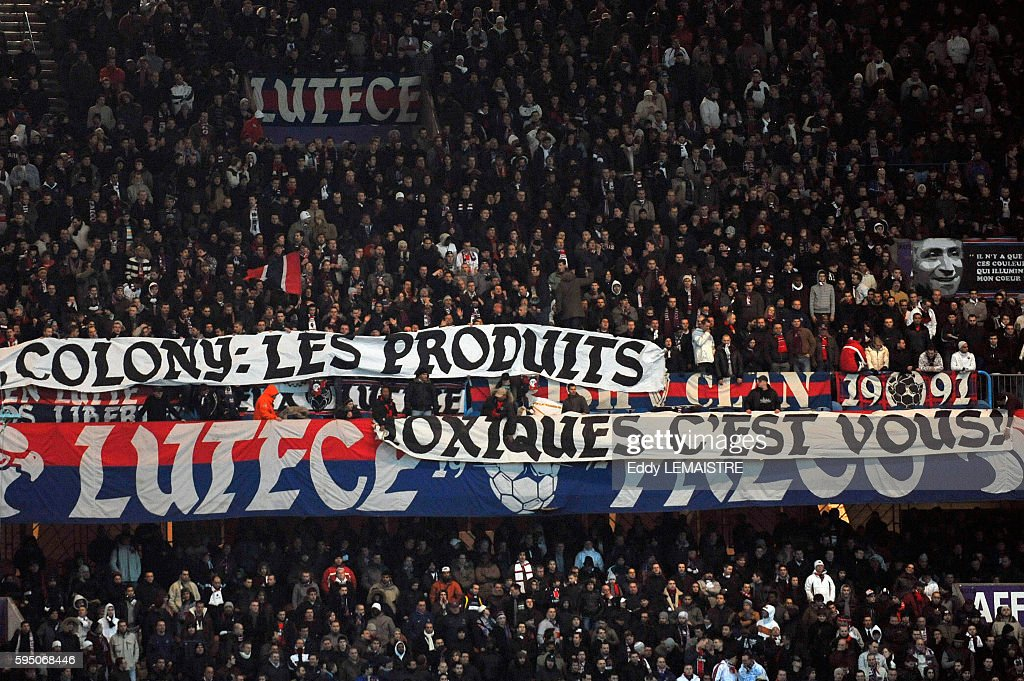 PSG Fans with banner against Colony Capital