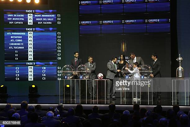 Farid Mondragon takes a ball from the raffle during the during the Copa Libertadores 2017 Official Draw at Conmebol Convention Center on December 21...