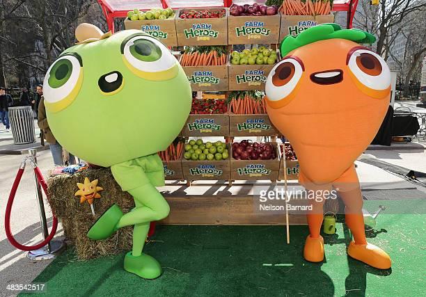 Farm Heroes Saga Cropsies pose at Kings #BeAFarmHero urban farming PopUp event at Flatiron Plaza on April 9 2014 New York City