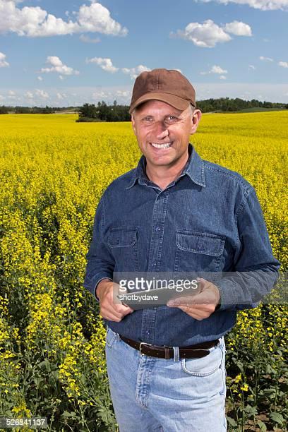 Agriculteur et ordinateur