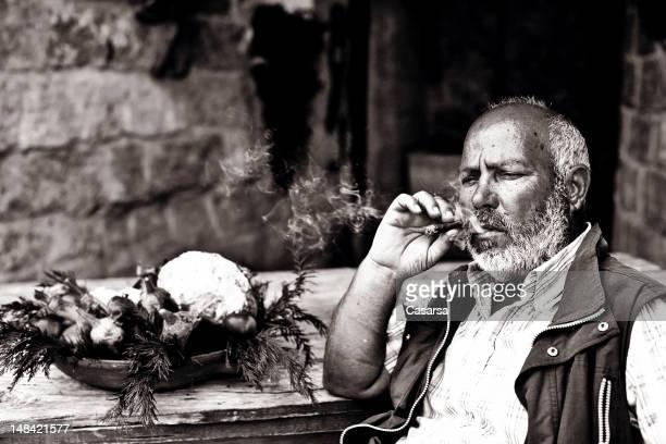 Farmer para fumadores de un habano