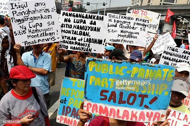 Farmers led by militant peasant group Kilusang Magbubukid ng Pilipinas marched to Mendiola Bridge near the Malacanang Palace in Manila City to demand...