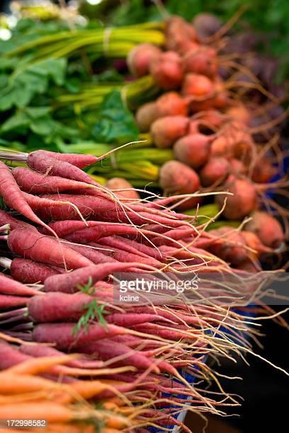 Farmer's Market-Verdure a radice