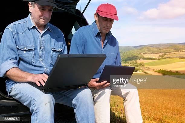 農家のプランニング PC の田園地帯