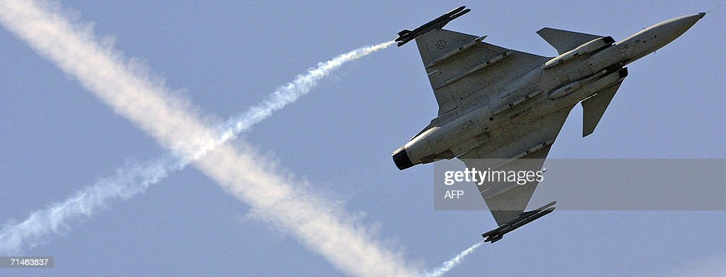 Farnborough United Kingdom  city photo : farnborough united kingdom the saab gripen fighter plane gives a at ...