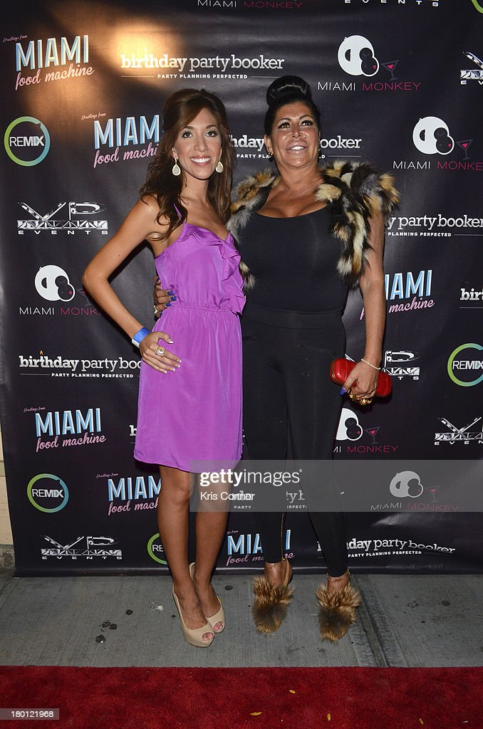 <a gi-track='captionPersonalityLinkClicked' href=/galleries/search?phrase=Farrah+Abraham&family=editorial&specificpeople=6927722 ng-click='$event.stopPropagation()'>Farrah Abraham</a> and Angela Big Ang' Raiola pose for photos during the 'Miaimi Monkey' New Screening at 49 Grove on September 8, 2013 in New York City.