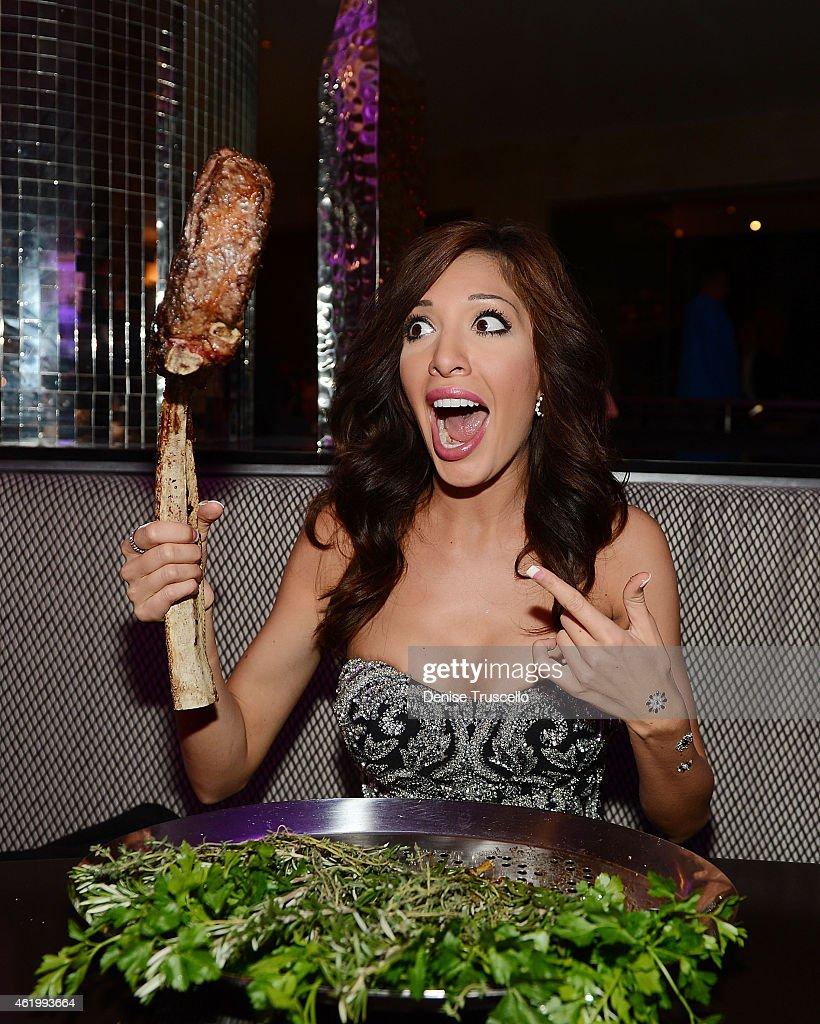 Farrah Abraham dines at N9NE Steakhouse at Palms Casino Resort on January 22 2015 in Las Vegas Nevada