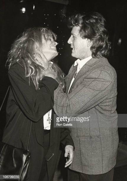 Farrah Fawcett and Ryan O'Neal during Ryan O'Neal's 49th Birthday April 20 1988 at Elaine's Restaurant in New York City New York United States