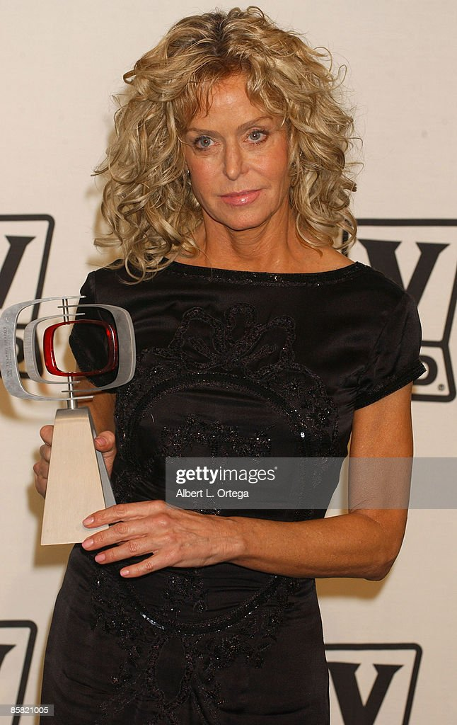Farrah Fawcett, winner of the Viewer's Choice Award for Favorite 'Fan'-tastic Phenomenon