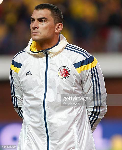 Faryd Mondragon of Colombia looks on before the International Friendly Match between Colombia and Senegal at Pedro Bidegain Stadium on May 31 2014 in...