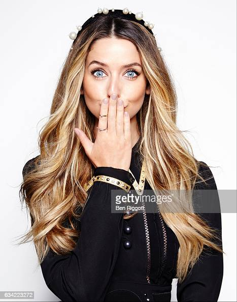 Zoella Sugg Cosmopolitan Uk November 1 2016 Photos And Images Getty Images