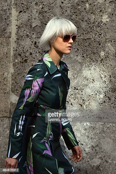 Fashion blogger Linda Tol poses in the street as she arrives at the Dolce Gabbana fashion show during the women Fall / Winter 2015/16 Milan's Fashion...