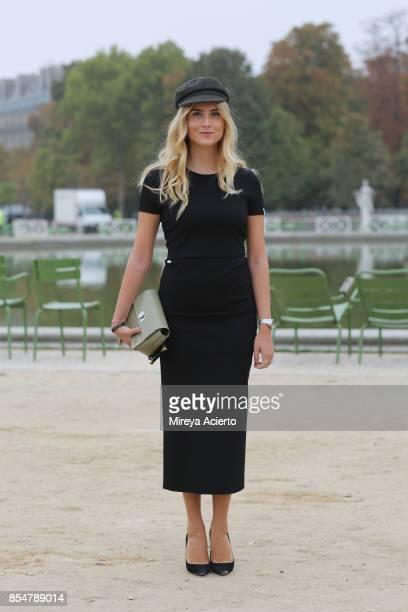 Fashion bloggerValentina Ferragni seen during Paris Fashion Week Womenswear Spring/Summer 2018 on September 27 2017 in Paris France