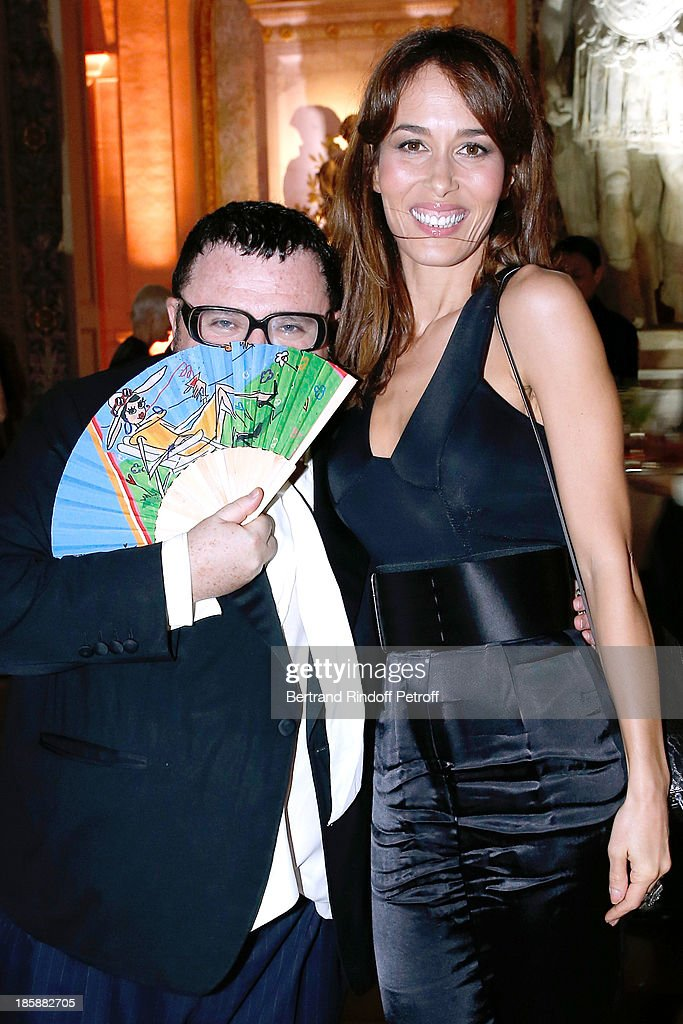 Fashion Designer Alber Elbaz and actress Dolores Chaplin - Designer Alber Elbaz pays tribute to Cesar Baldaccini by an Evening Pic-Nic at the Ecole Nationale Superieure des Beaux Arts de Paris on October 25, 2013 in Paris, France.