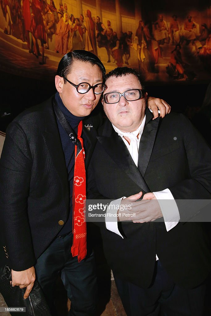 Fashion Designer Alber Elbaz (R) and Alex Koo - Designer Alber Elbaz pays tribute to Cesar Baldaccini by an Evening Pic-Nic at the Ecole Nationale Superieure des Beaux Arts de Paris on October 25, 2013 in Paris, France.