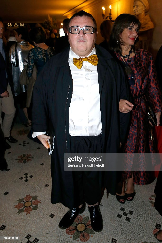 Fashion Designer <a gi-track='captionPersonalityLinkClicked' href=/galleries/search?phrase=Alber+Elbaz&family=editorial&specificpeople=783481 ng-click='$event.stopPropagation()'>Alber Elbaz</a> attends the Ballet National de Paris Opening Season Gala at Opera Garnier on September 24, 2015 in Paris, France.