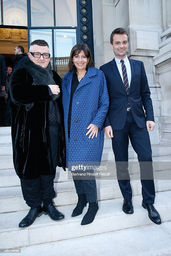 Fashion Designer <a gi-track='captionPersonalityLinkClicked' href=/galleries/search?phrase=Alber+Elbaz&family=editorial&specificpeople=783481 ng-click='$event.stopPropagation()'>Alber Elbaz</a>, Mayor of Paris <a gi-track='captionPersonalityLinkClicked' href=/galleries/search?phrase=Anne+Hidalgo&family=editorial&specificpeople=590989 ng-click='$event.stopPropagation()'>Anne Hidalgo</a> and First Deputy Mayor of Paris, responsible for culture <a gi-track='captionPersonalityLinkClicked' href=/galleries/search?phrase=Bruno+Julliard&family=editorial&specificpeople=658518 ng-click='$event.stopPropagation()'>Bruno Julliard</a> attend the Jeanne Lanvin Retrospective : Opening Ceremony at Palais Galliera on March 6, 2015 in Paris, France.