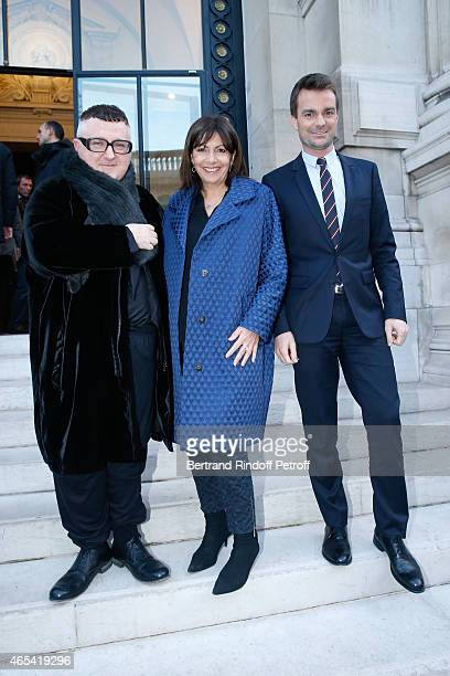 Fashion Designer Alber Elbaz Mayor of Paris Anne Hidalgo and First Deputy Mayor of Paris responsible for culture Bruno Julliard attend the Jeanne...