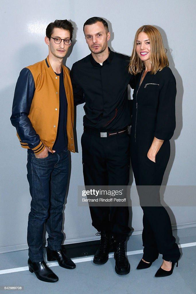 Dior Homme : Backstage - Paris Fashion Week - Menswear Spring/Summer 2017